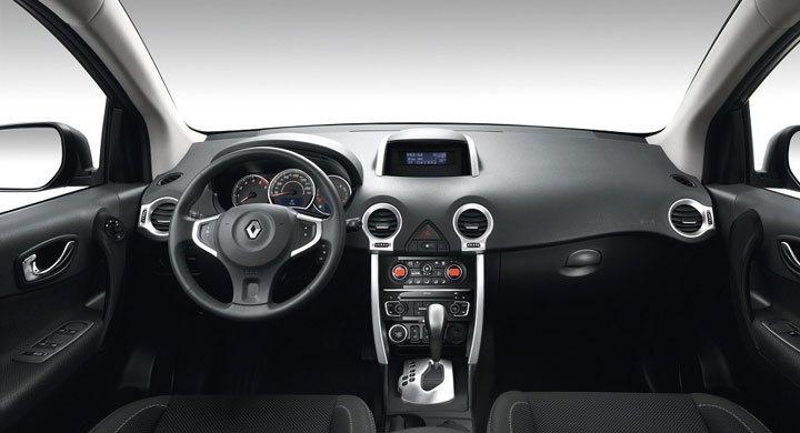 Салон Renault Koleos 2017 года