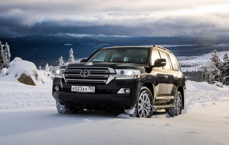 Новая модель культового автомобиля Toyota Land Cruiser обречена на успех в России