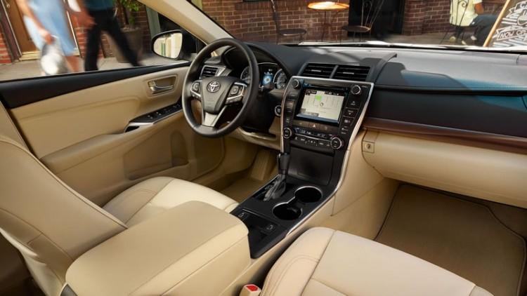 Салон Toyota Camry 2020-2021 модельного года