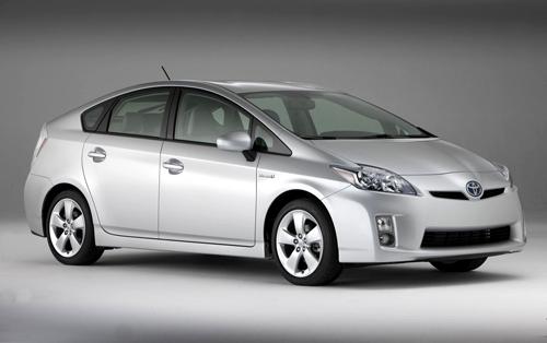 Toyota Prius – самый надежный автомобиль 2017 года в категории 2–3-летних моделей по результатам немецких исследований