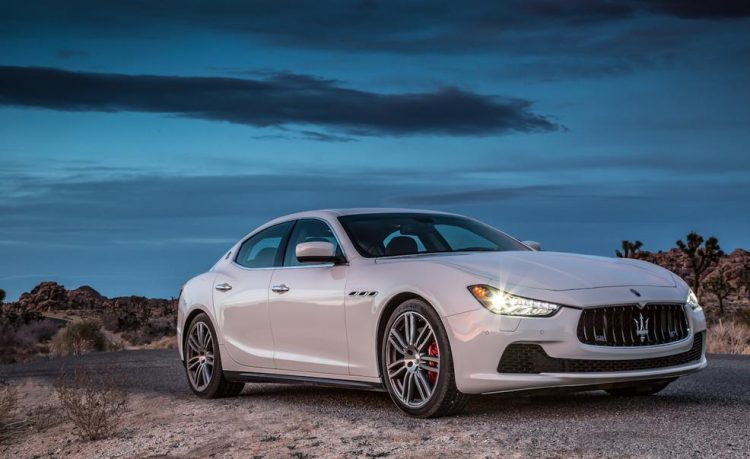 Стремительный и элегантный Maserati Ghibli