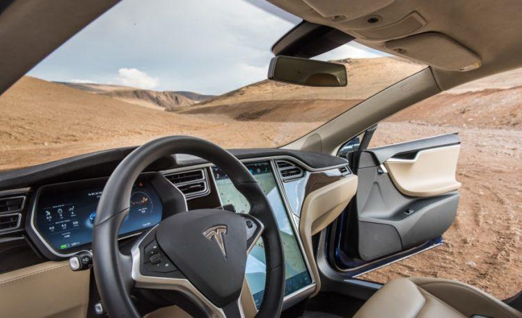Садишься в салон и ощущаешь себя в машине из будущего