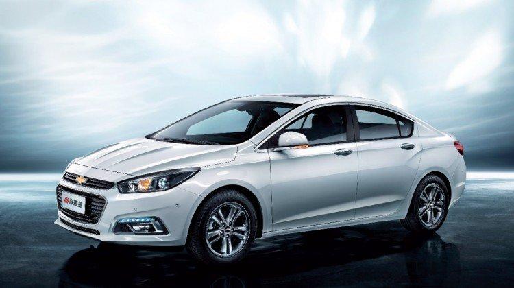 На фото - Chevrolet Cobalt 2016-2017