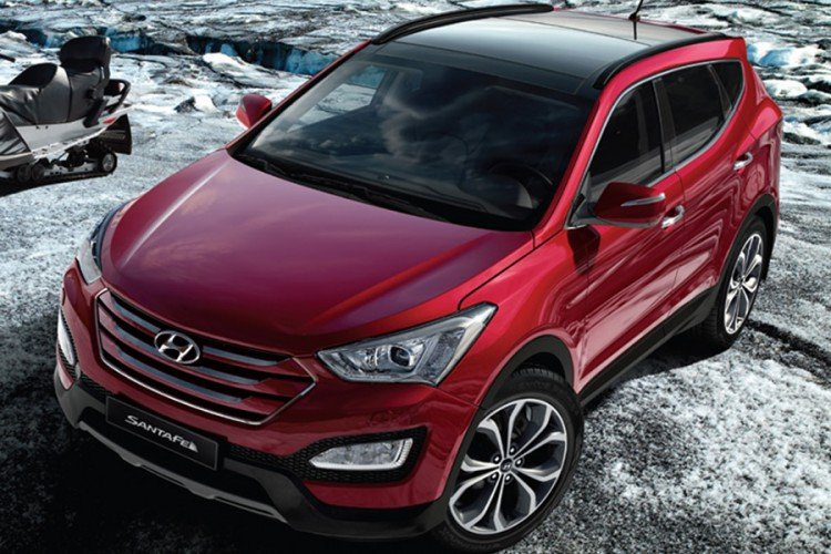 Hyundai Santa Fe 2015-2016 года на фото