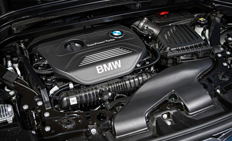 Фото двигателя BMW X1