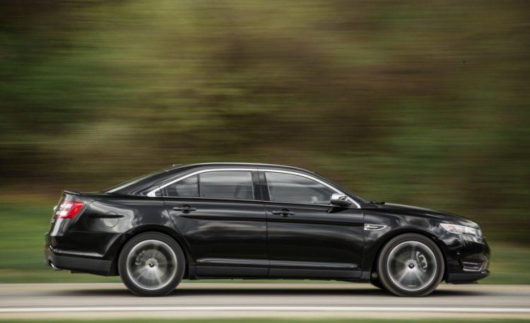 Цена Форд Таурус 2020-2021