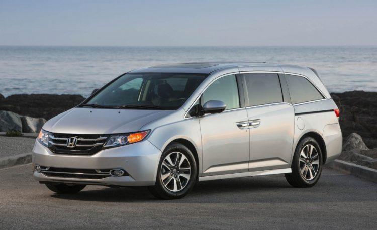 Honda Odyssey 2020-2021 года в новом кузове