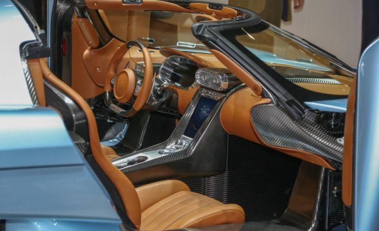 Интерьер Koenigsegg Regera