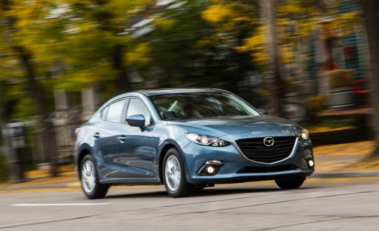 Новая модель Mazda 3 2016-2017 года