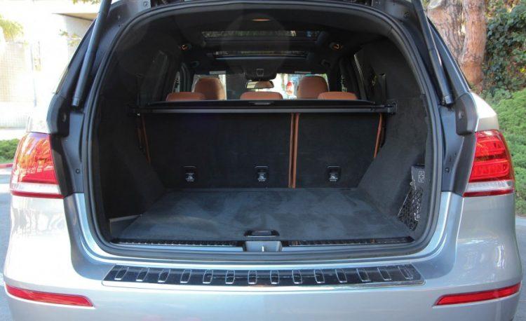 Вместительный багажник с удобной погрузкой