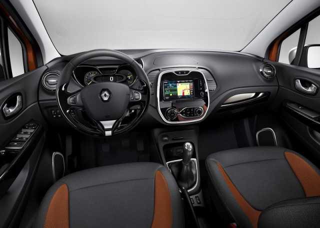 На фото - обновленный салон Renault Captur 2017 года