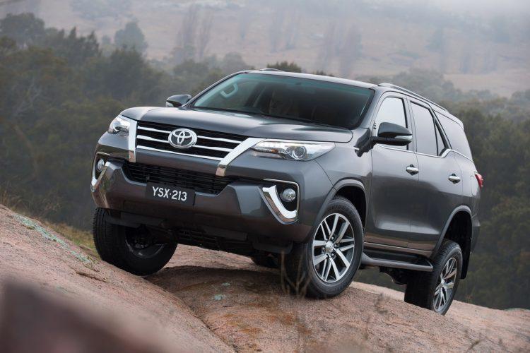 Toyota Fortuner 2020-2021 года в новом кузове