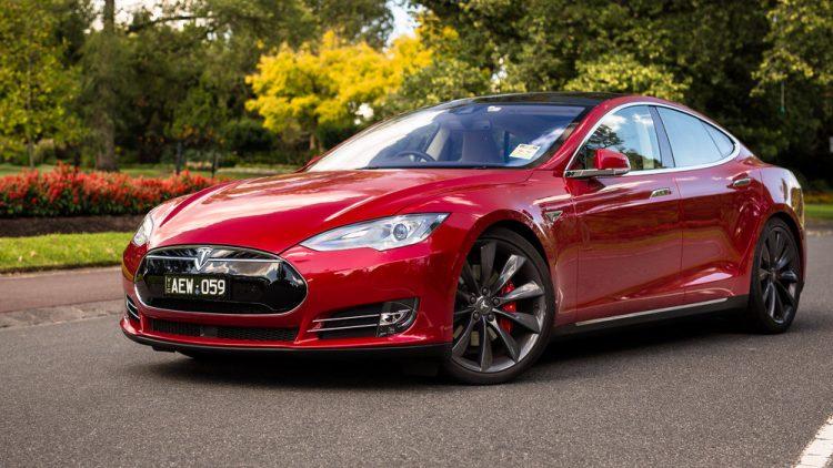 Tesla Model S - предел мечтания эстетов всех мастей