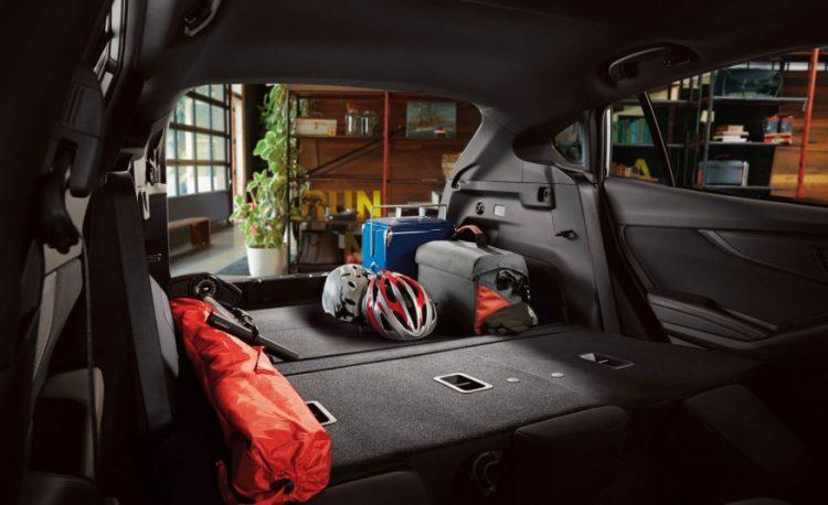 Багажное отделение Subaru Impreza Hatchback