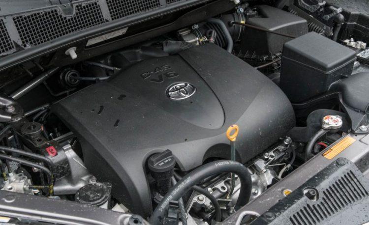 Великолепный новый двигатель Тойота Сиенна 2016-2017 года