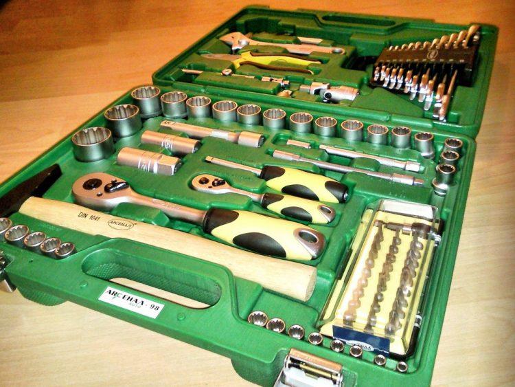 Отечественные наборы от Арсенала с трудом конкурируют с зарубежными аналогами
