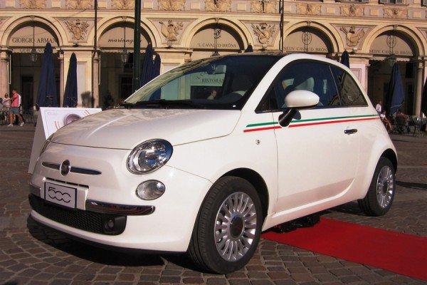 Fiat 500 автомобиль для женщин