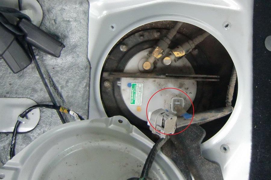 бензиновая крышка форд фокус 2