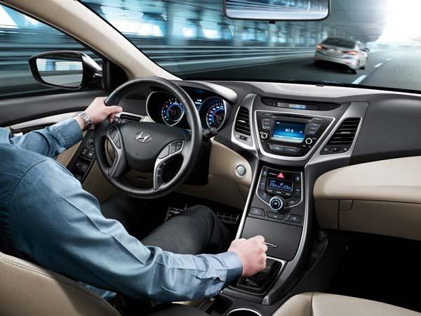 Салон Hyundai Elantra 2016-2017 модельного года