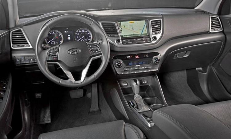 Подробнее о салоне Hyundai Tucson 2016-2017