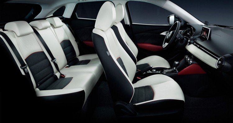 Салон Mazda CX-3 2016-2017
