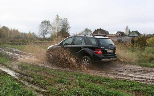 Бездорожье и грязь – не помеха для ML 350