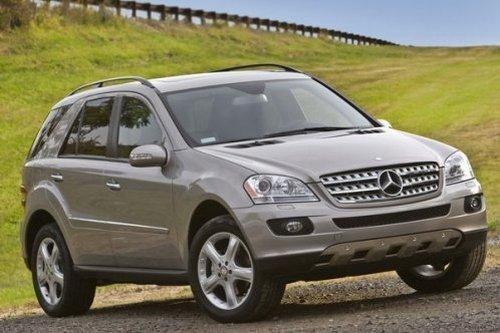 Новый внедорожник ML 350 привлекает автолюбителей своим внешним видом
