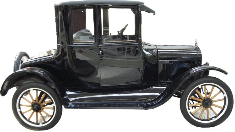Ford T - творение, определившее будущее автомобилестроения