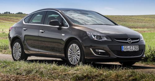 Новый Opel Astra Sedan – изысканность и шик за умеренную цену