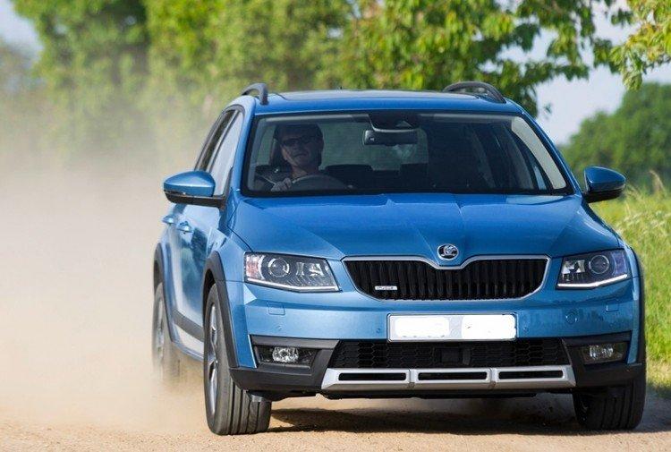 Фотоснимок нового автомобиля Шкода Сноумен 2016-2017 года