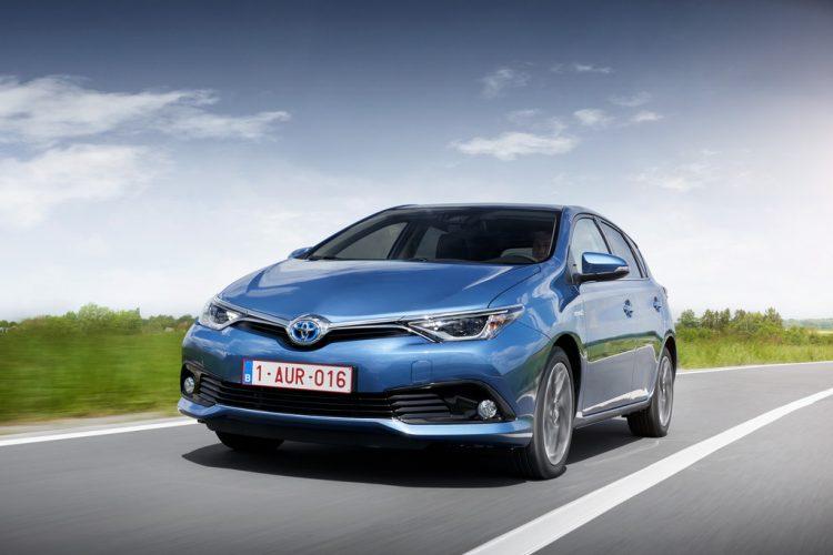 Toyota Auris 2016-2017 года в новом кузове