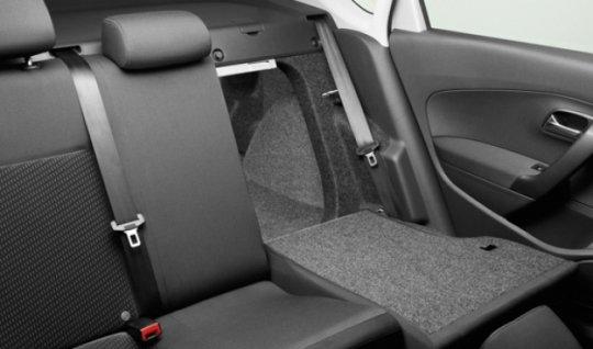 Удобная посадка для пассажиров заднего ряда сидений