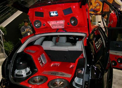 Хорошая акустика в хорошем автомобиле