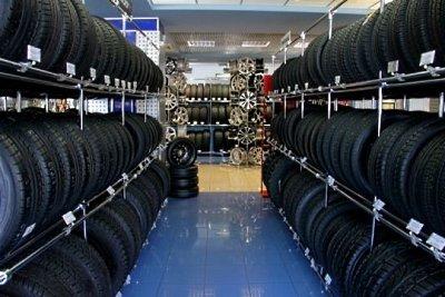 В автомагазинах представлен широкий ассортимент всесезонных шин