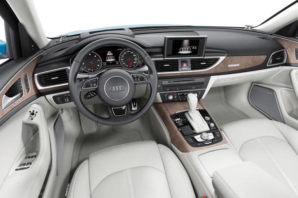 На фото - Audi A6