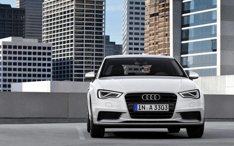 На фото - Audi A3 седан 2016-2017 модельного года