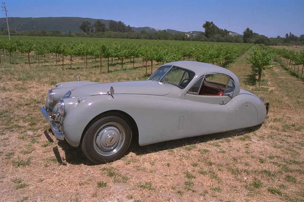 Некоторые коллекционеры любят сами восстанавливать автомобили
