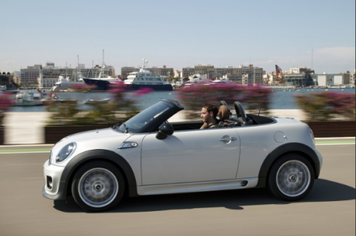 Об автомобилях типа родстер мечтают многие, но позволить могут лишь единицы