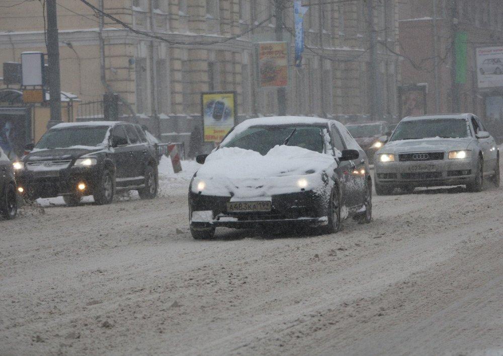 В зимний период двигатель автомобиля испытывает дополнительную нагрузку