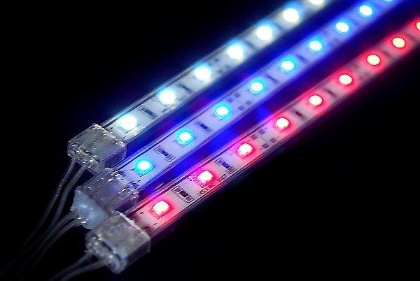 Выбор цветовой гаммы подсветки панели приборов