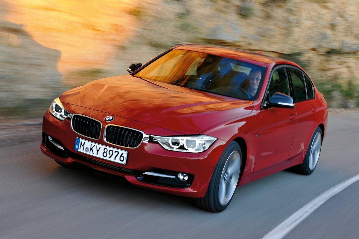 BMW 3 Series - лучший автомобиль среднего класса плюс 2017