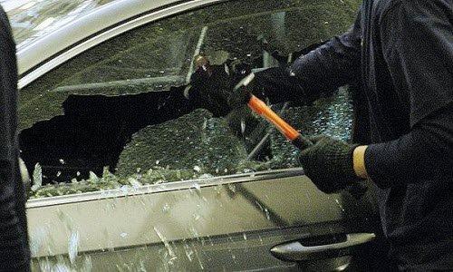 В погоне за ценными вещами машину могут повредить