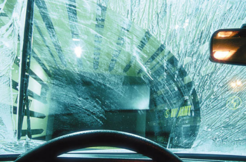 Эффективность автомобильных дворников видна при их правильной работе