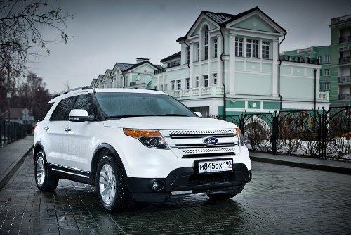 Новый Ford Explorer привлекает внимание своим внешним видом