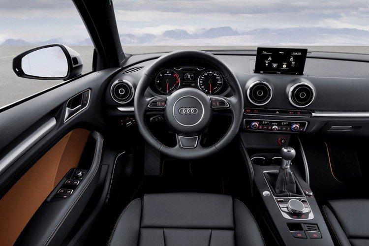 Внутри Audi A3