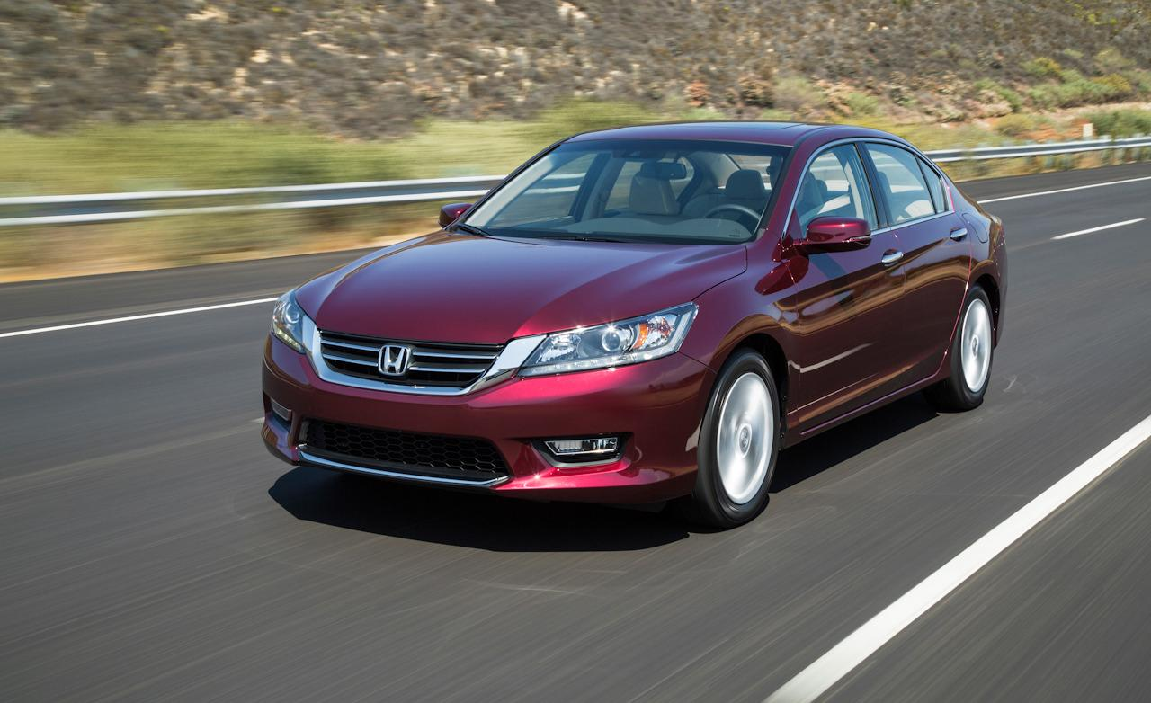 Новая Honda Accord - представительское авто из Японии