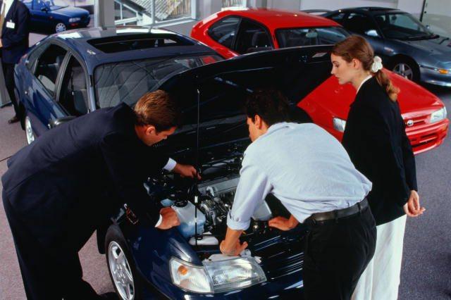 Приготовьтесь к тому, что покупатель будет внимательно осматривать автомобиль