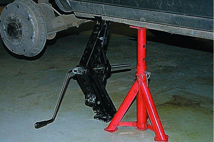 Домкрат - важный инструмент в Вашем автомобиле