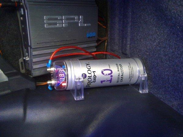 Функции конденсатора в электрической цепи авто