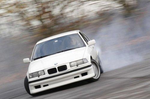 Уверенно управляя автомобилем – уверенно управляешь опасной ситуацией